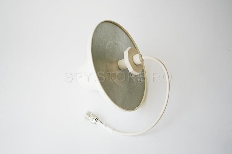 Antena interna pentru amplificatoare de semnal GSM