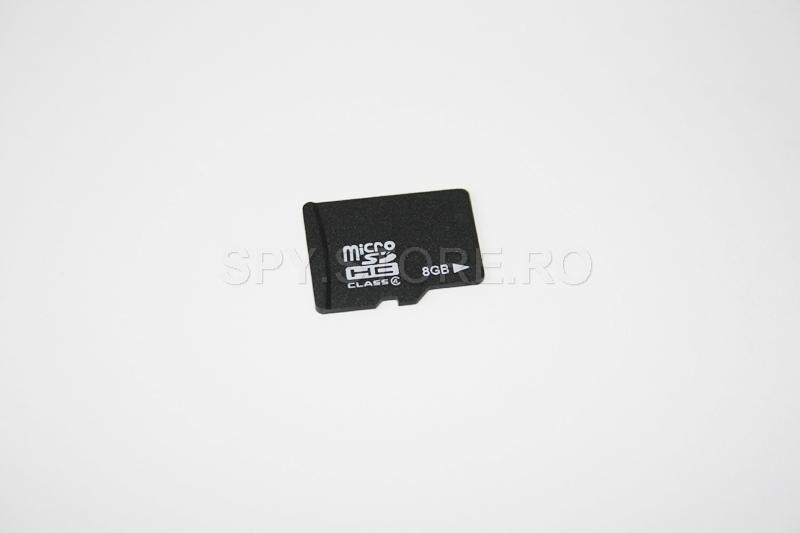 Card microSD, cu capacitatea de 8 GB