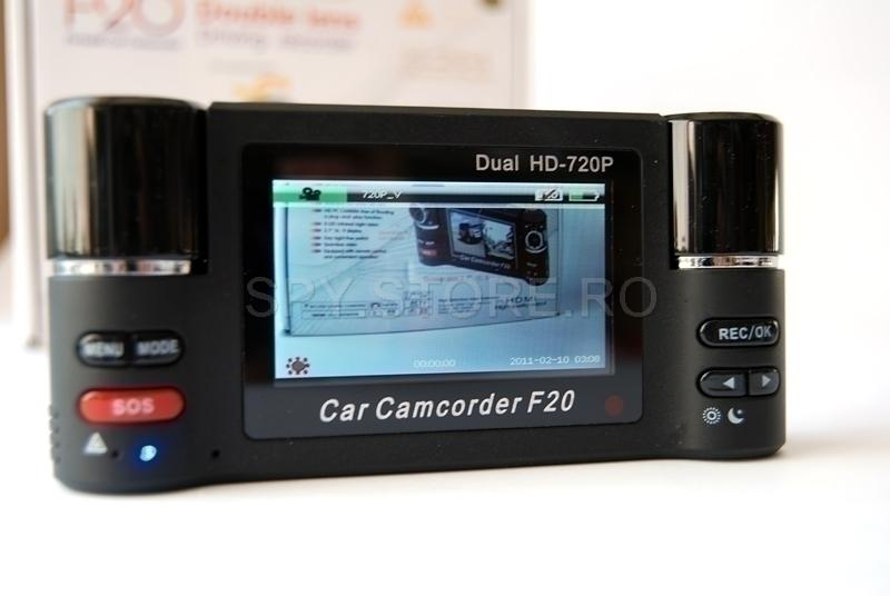 Camera video sport cu doua obiective