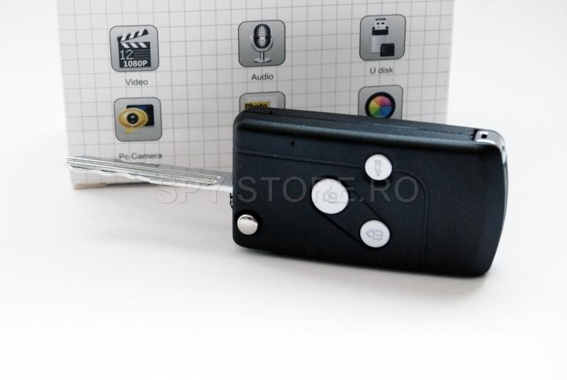 Camera HD camuflata in cheie auto