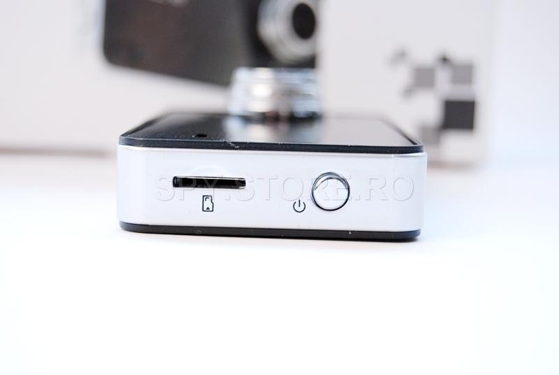 Videoregistrator cu display de 2.7 inchi