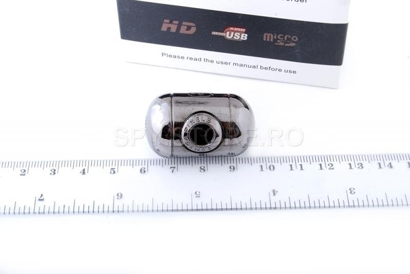 Camera mini cu memorie incorporata de 8GB
