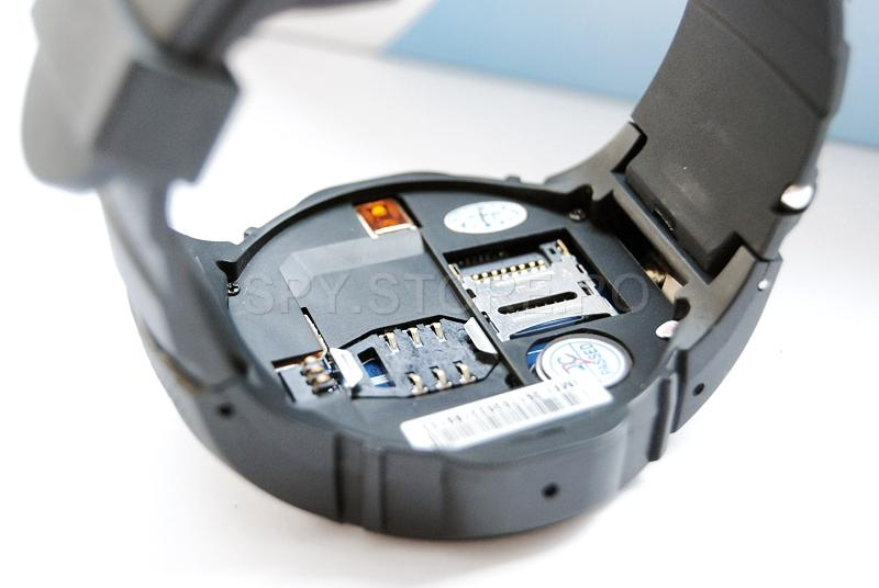 Telefon mobil camuflat in ceas de mana