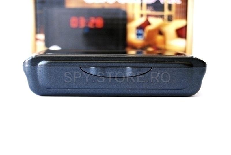 Camera camuflata in ceas cu alarma si senzor de miscare