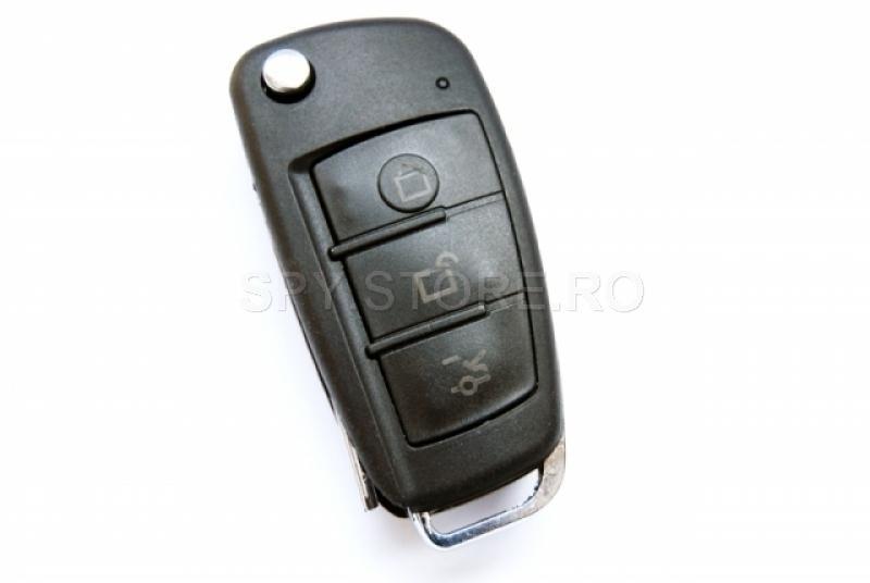 Camera camuflata in cheie de masina cu senzor de miscare si IR