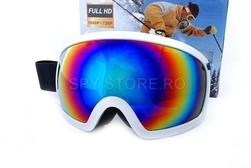 Camera in masca pentru ski