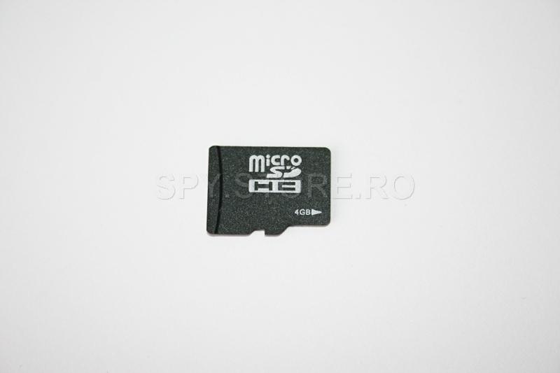 card microSD cu capacitatea de 4 GB